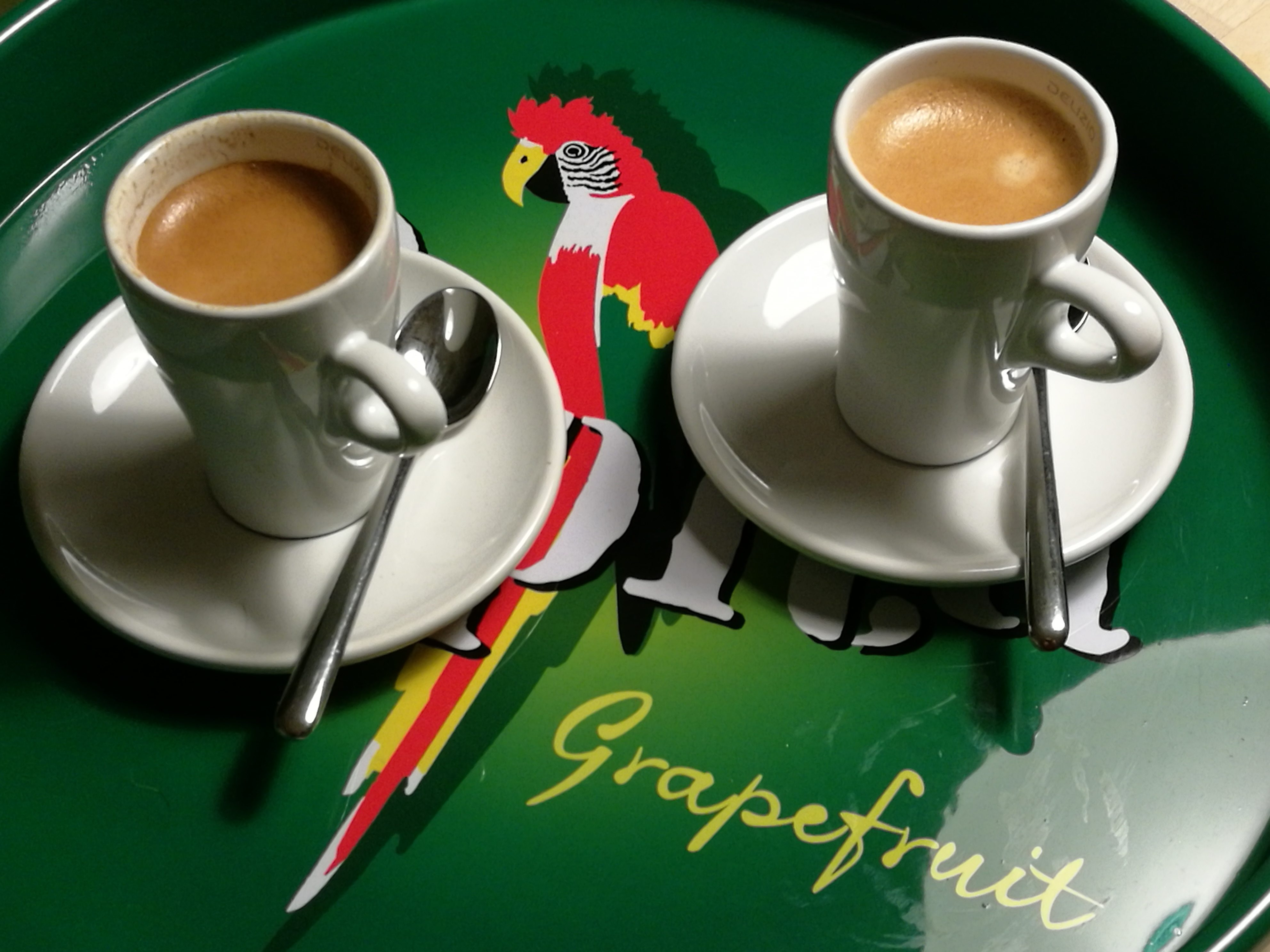 Espresso auf Tablet